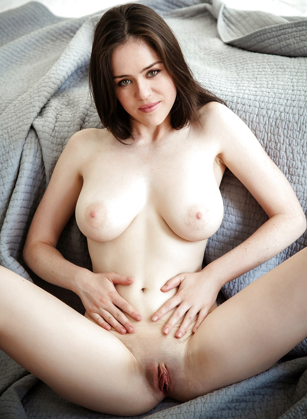 Women with perfect boobs