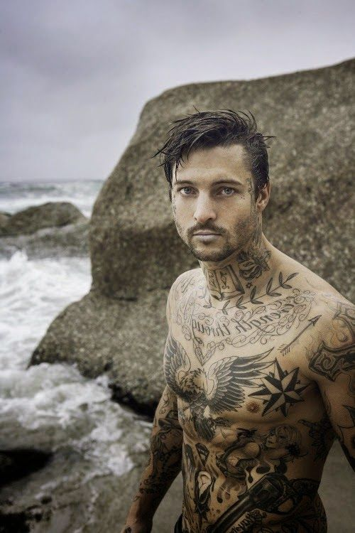 Tattoos for nude men
