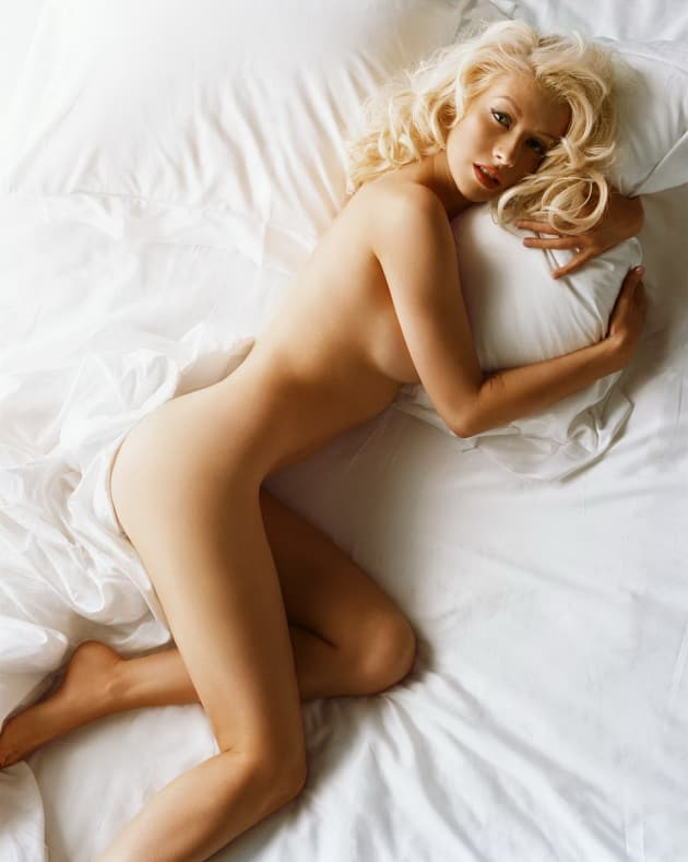 Christina aguilera nude sex in the shower