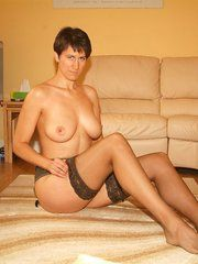 Lovely uk mature nude